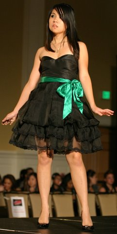Faces 2007 Green Bow Dress